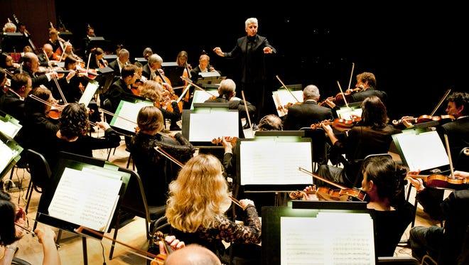Toronto Symphony Music Director Peter Oundjian conducts.