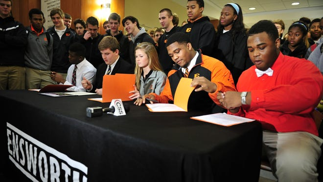 Signing day at Ensworth in 2014.