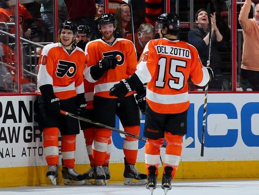 New York Islanders v Philadelphia Flyers
