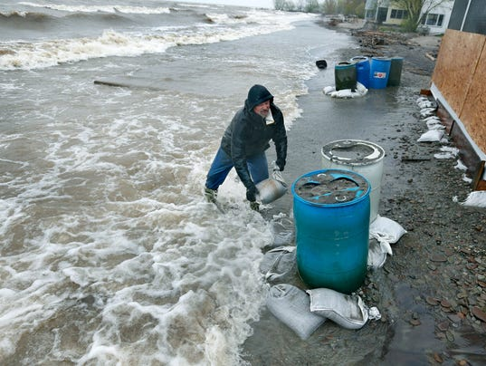 Rochester Weather Rising Water Levels Wind Take Toll On