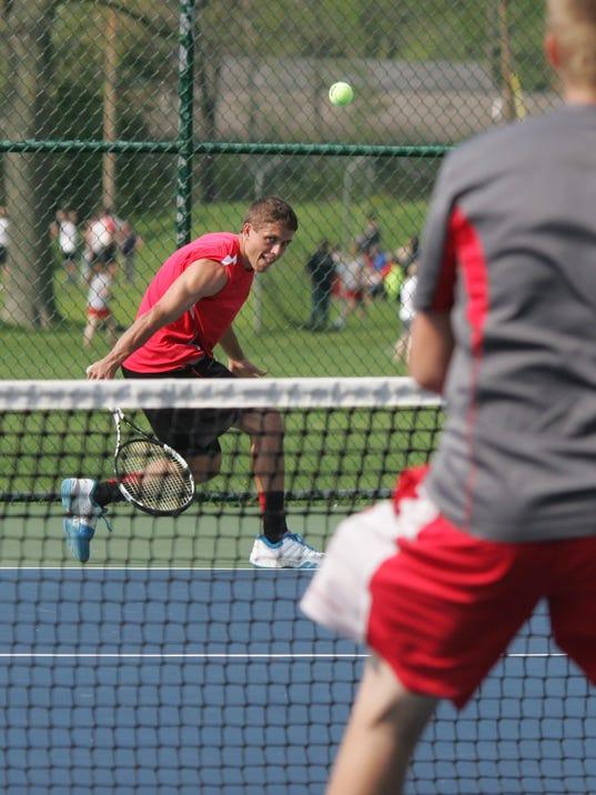 01 COS 050515 tennis ML.jpg