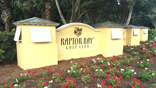 The proposal for four 22-story towers at the Raptor Bay golf course headed to defeat Wednesday night, after the Bonita City Council rejected a key change in the city's comprehensive plan needed to win approval for the project.