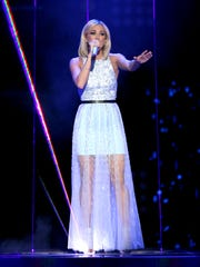 "Carrie Underwood performs at the ""American Idol"" farewell"