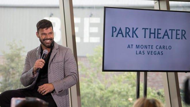 El músico puertorriqueño Ricky Martin habla durante una rueda de prensa hoy, miércoles 16 de noviembre de 2016, donde anuncia que hará residencia (show fijo) en el nuevo Monte Carlo Park Theater, en Las Vegas, Nevada (Estados Unidos).