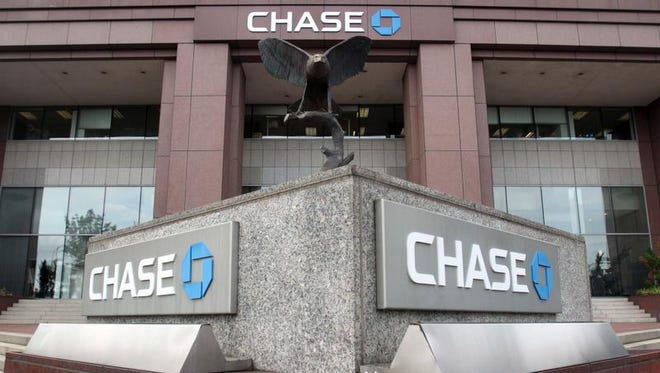JPMorgan Chase, which now has more than 7,500 Delaware workers, announced plans to add another 1,800 jobs in the state by 2019.