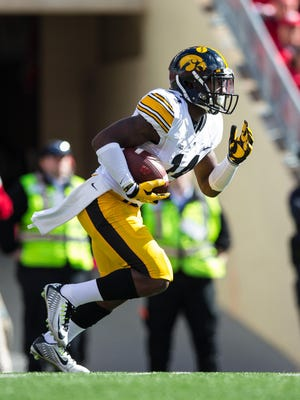 Iowa cornerback Desmond King is the Big Ten defensive back of the year and a finalist for the Thorpe and Walter Camp awards.