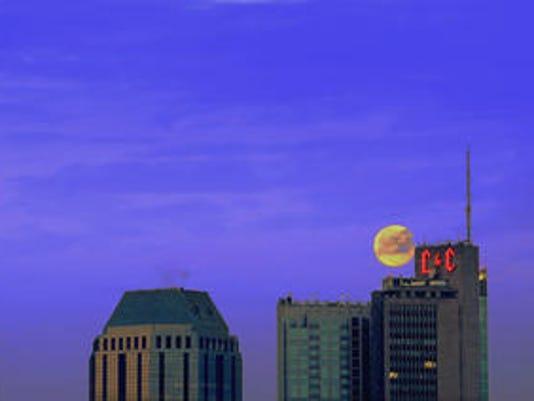 636058274132780691-larry-s-Nashville-skyline.jpg