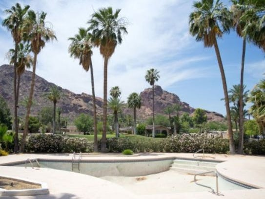 12 cheap ways to remodel your pool and 2 splurges for Pool resurfacing phoenix az