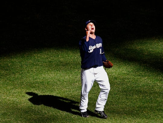 Milwaukee Brewers starting pitcher Ben Sheets reacts