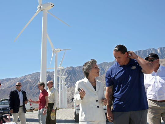 Senator Barbara Boxer speaks with Agua Caliente Tribal Chairman Jeff Grubbe during an announcement of the Desert Renewable Energy Conservation Plan, Tuesday, September 23, 2014.