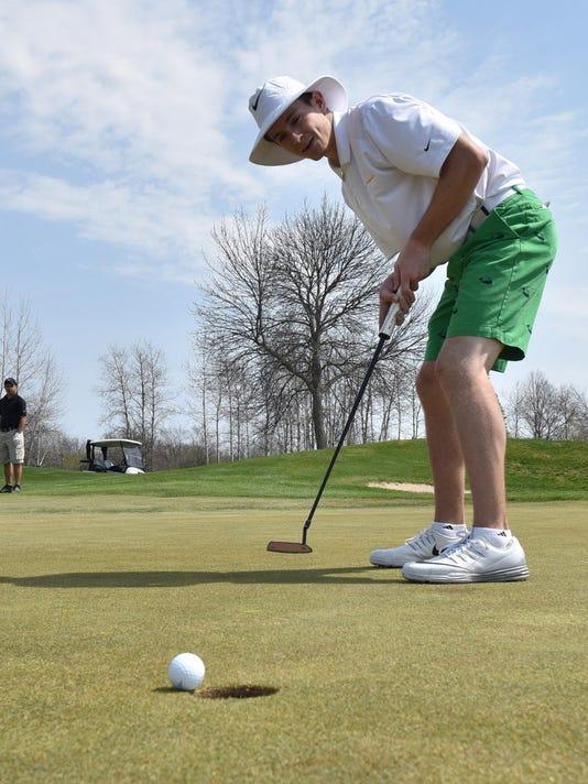 -DCA 0507 golf surgis 1.jpg_20160506.jpg