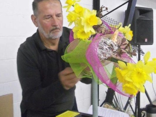 Hoepf Creates Floral Design.jpg