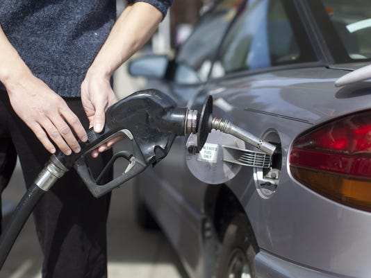 Consumer Confidence Falls On Surging Gasoline Prices