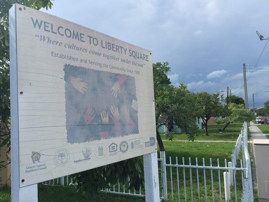 Two Story Plan 8 Housing Miami Images Album - 3-dimensional house ...