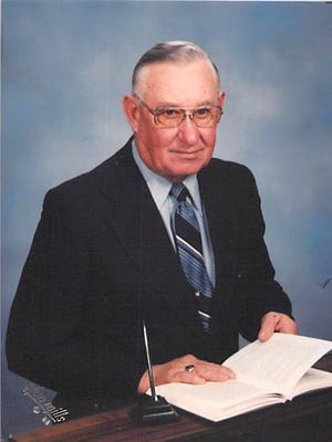Marvin Richard Peil, 87, passed away peacefully on June 4th, 2015.