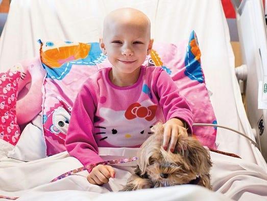 Madi no estuvo sola en su enfermedad, gracias al programa