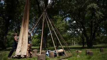 Ramapoughs hold prayer ceremony over tepee dispute