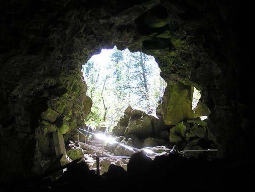 Lava River Cave1