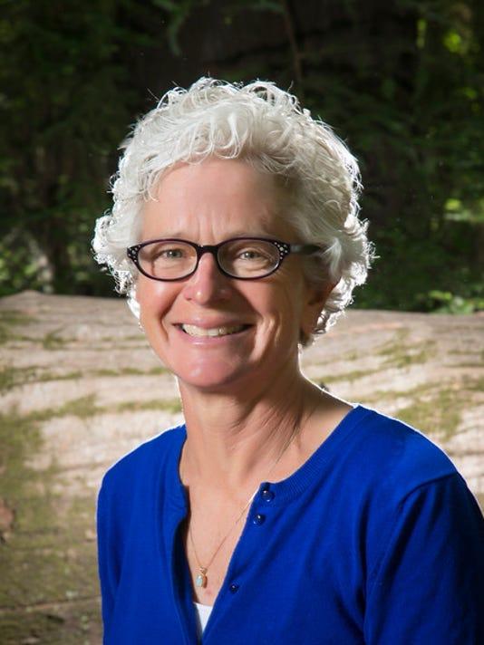 Dr. Brita Bruemmer