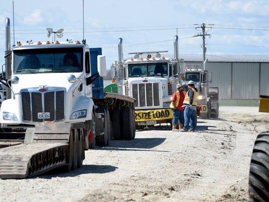636427145735244616-pipeline-construction.JPG
