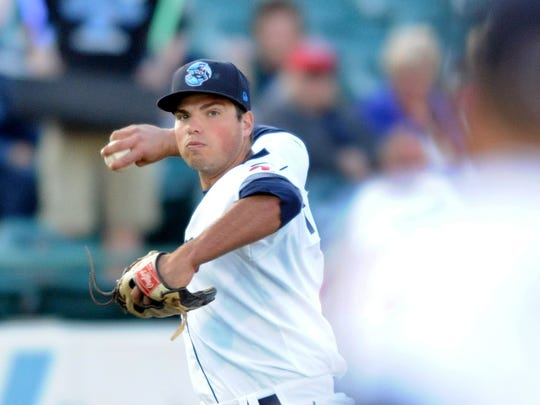 Damek Tomscha, 3B, Lakewood BlueClaws fires across