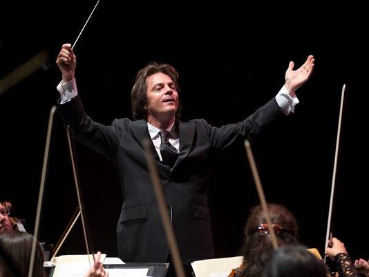 636067942634722747-Daniel-conducting.jpg