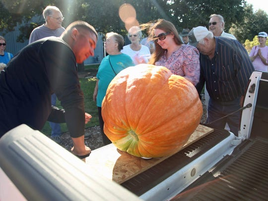 The People/Plant Connection will have its fifth annual Giant Pumpkin Contest.