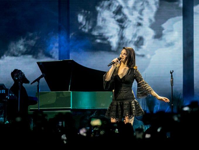 Lana Del Rey performs at Talking Stick arena Tuesday,
