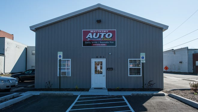 An exterior view of Matth3ws Auto Center on North Salisbury Boulevard on Tuesday, Oct. 17, 2017.