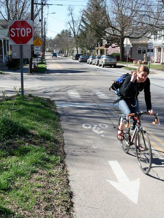 -bikelane.3.C1.jpg_20070503.jpg