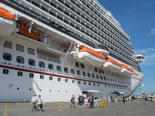 At 133,500 gross tons, Carnival Horizon stands 15 decks tall and holds 3,960 guests.