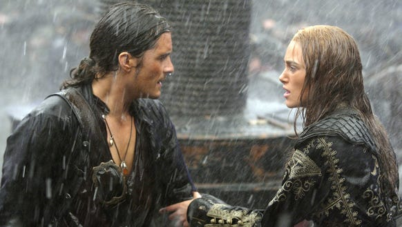 Orlando Bloom  and Keira Knightley in a non-traditional