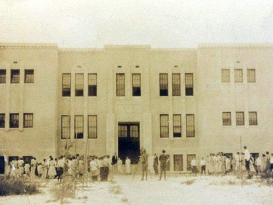 The new Stuart School in August 1923 before it opened.