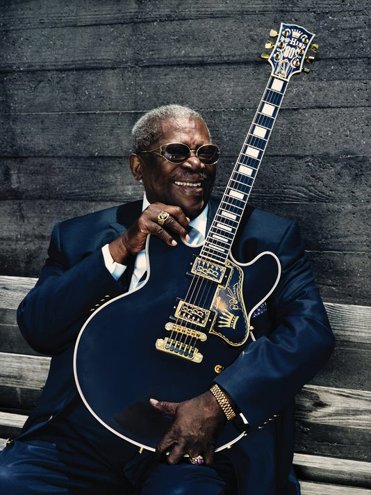 review b b king gives erratic performance in phoenix. Black Bedroom Furniture Sets. Home Design Ideas