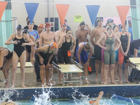 636448087844108729-CHS-swim-meet-2017-031.JPG