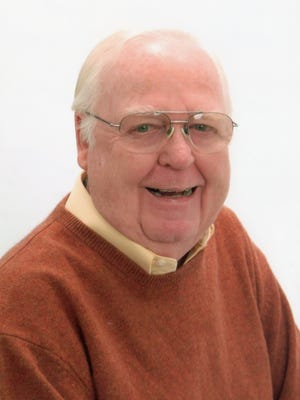 Ted Grofer, a former publisher of The Desert Sun, died Monday night at the age of 81. Funeral services are scheduled for Saturday morning.