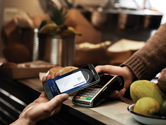 A Samsung phone using NFC technology for payments.