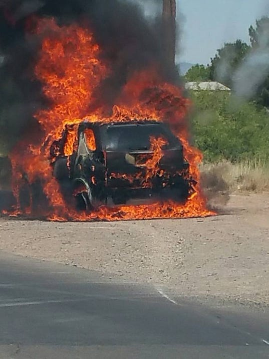 Fire engulfs vehicle on holman road for Las cruces motor vehicle division las cruces nm