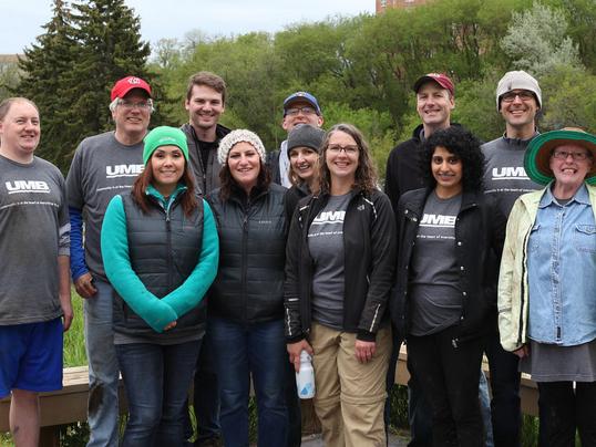 UMB Fund Services team get involved in River Revitalization