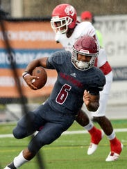 Antwuan Haynes of Florida Tech scores a TD during Saturday's