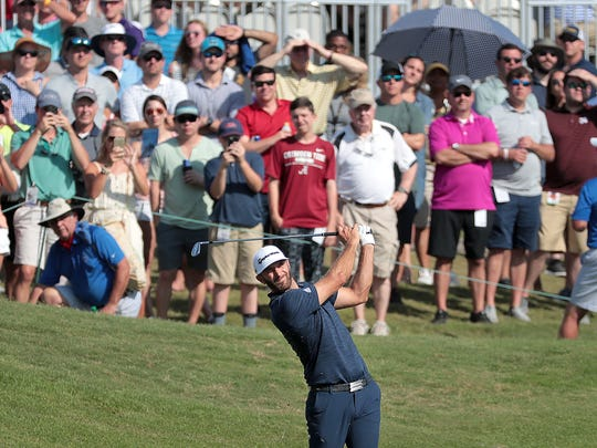 Dustin Johnson holes out on the 18th hole to win the 2018 FedEx St. Jude Classic.