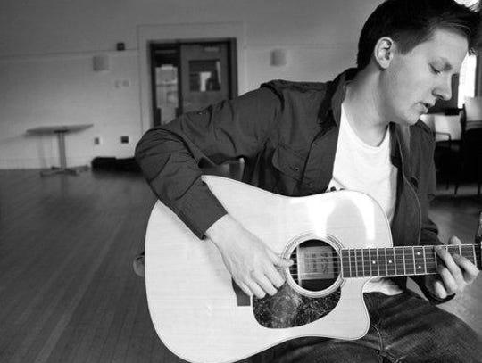 Ken Yates will present an evening concert Sept. 19