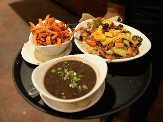 XXX LET'S-EAT_-NATIVE-FOODS-CAFE-HDB1987.JPG [BBA OR BBN] DC