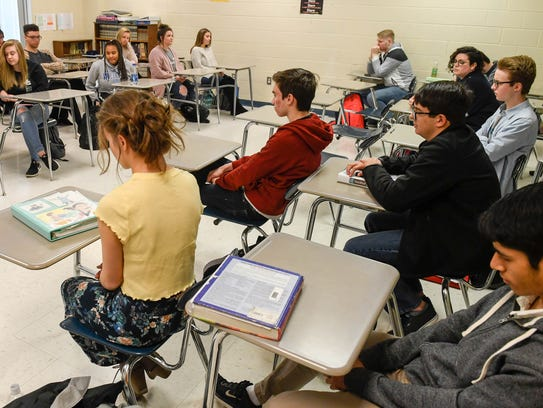 Henderson County High students in Chris Huston's AP