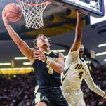 Purdue basketball dominates at Iowa to extend nation's best winning streak to 15