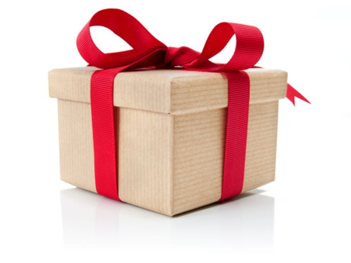 Retailmenot.com offers other gift suggestions for graduates,