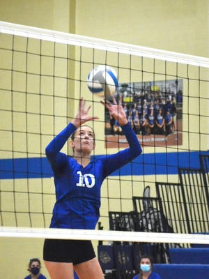 Sophomore Madison Smith and Mackinaw City picked up a 3-0 victory over DeTour in their home volleyball opener on Thursday
