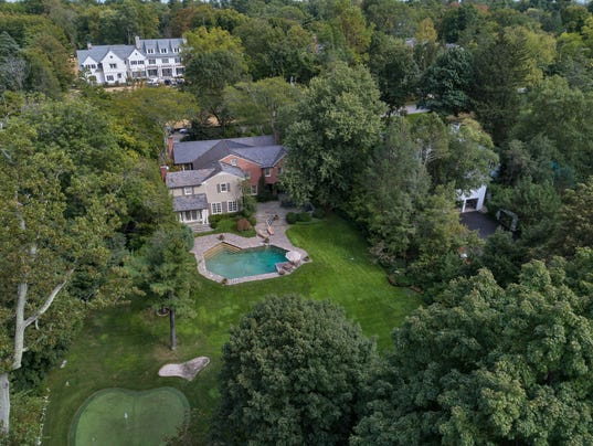 Scarsdale golf house
