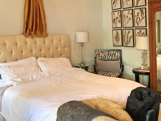 636583743433764667-Ocean-Springs-The-Mackey-Suite-at-The-Inn.jpg