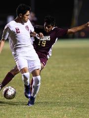 Henderson's Armando Zamarripa battles Webster County's